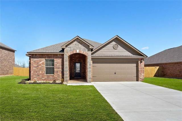 321 E Georgia Terrace, Mustang, OK 73064 (MLS #906646) :: Erhardt Group at Keller Williams Mulinix OKC