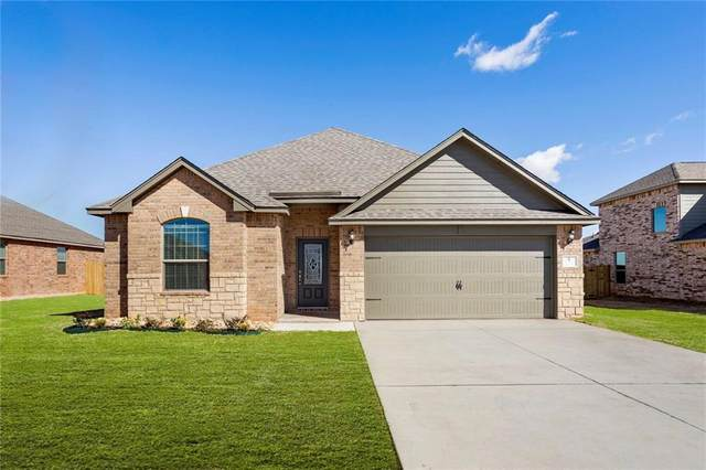 313 E Georgia Terrace, Mustang, OK 73064 (MLS #906648) :: Erhardt Group at Keller Williams Mulinix OKC