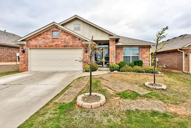 927 Ringwood Street, Norman, OK 73069 (MLS #906698) :: Homestead & Co