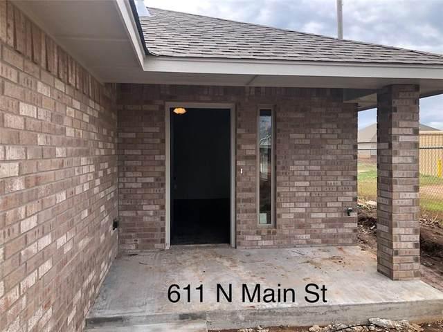 509 N Main Street 509&511, Cashion, OK 73016 (MLS #906817) :: Homestead & Co