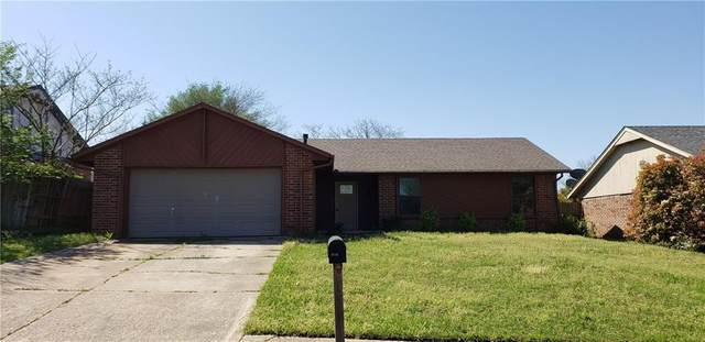4716 Forest Hills, Noble, OK 73068 (MLS #906981) :: Homestead & Co