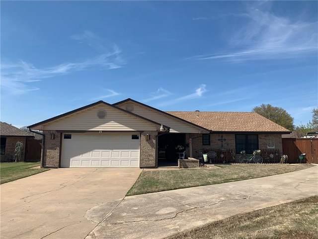 15 Harvey Circle, Oklahoma City, OK 73139 (MLS #907034) :: Homestead & Co