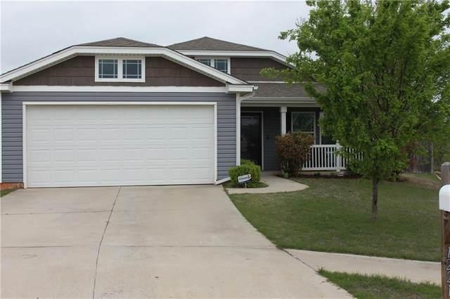 1221 SW 151st Circle, Moore, OK 73170 (MLS #907160) :: Homestead & Co