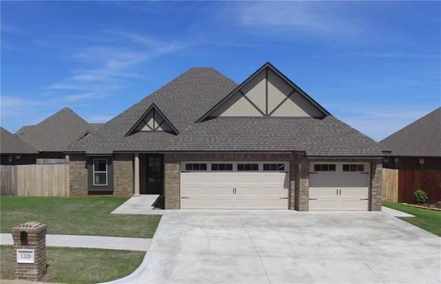 1328 Crimson Drive, Weatherford, OK 73096 (MLS #907217) :: Homestead & Co