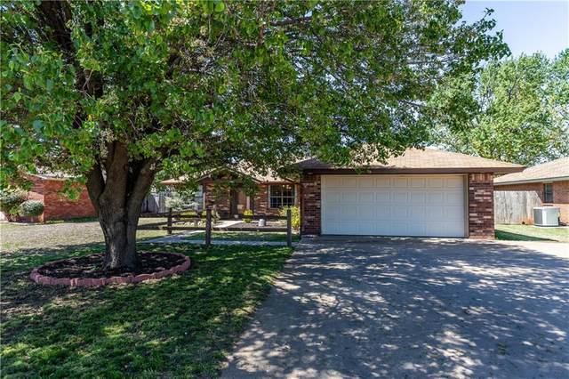 509 Pecan, Weatherford, OK 73096 (MLS #907298) :: Homestead & Co