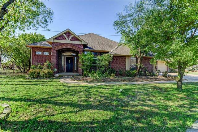 16500 Thorton Lane, Edmond, OK 73003 (MLS #908085) :: Homestead & Co
