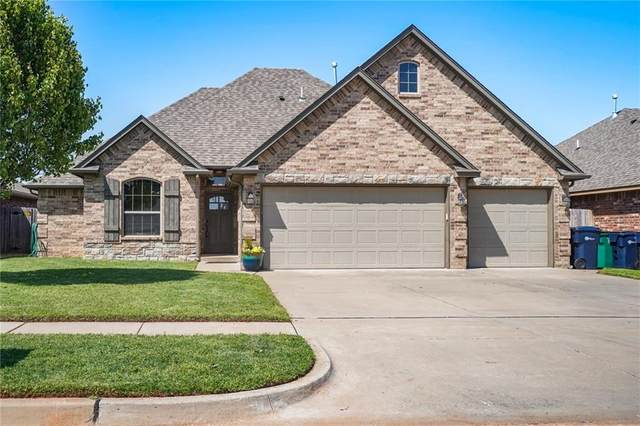 11701 SW 15th Terrace, Yukon, OK 73099 (MLS #908113) :: Homestead & Co