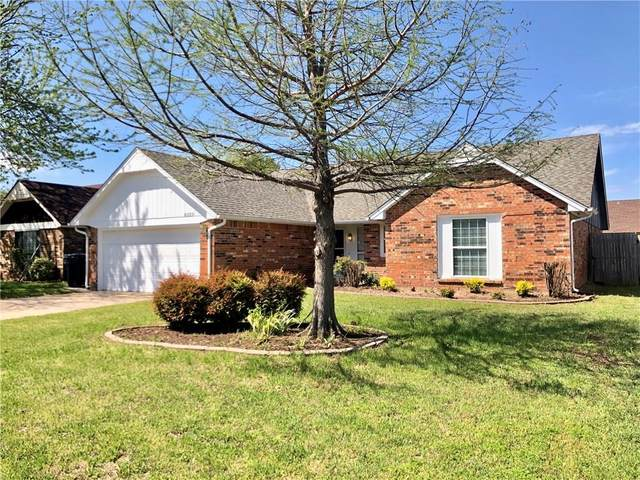8329 NW 110th Terrace, Oklahoma City, OK 73162 (MLS #908289) :: Homestead & Co