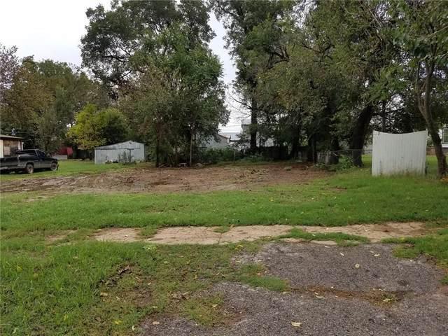 113 W Brule Street, Purcell, OK 73080 (MLS #908389) :: Homestead & Co