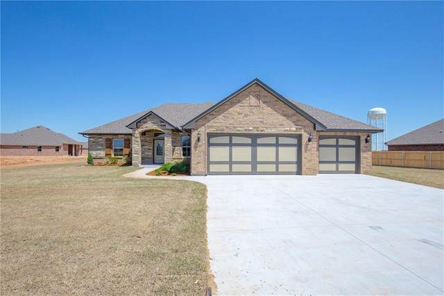 9833 NW 95th Street, Yukon, OK 73099 (MLS #908410) :: Homestead & Co