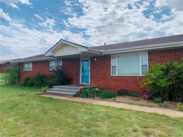 301 S 11th Street, Hammon, OK 73650 (MLS #908929) :: Homestead & Co