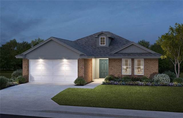 823 Twin Lakes Drive, Noble, OK 73068 (MLS #909026) :: Homestead & Co
