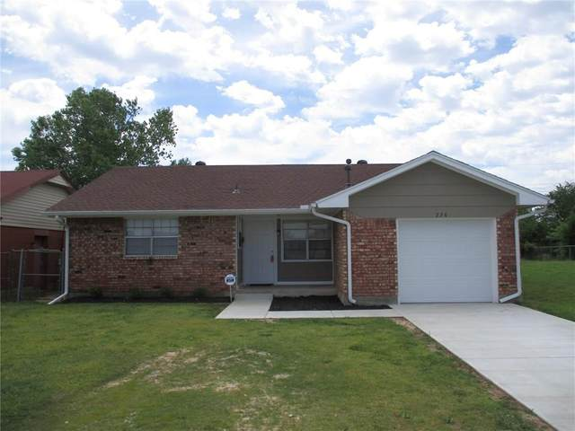236 NW 87th Street, Oklahoma City, OK 73114 (MLS #909346) :: Homestead & Co