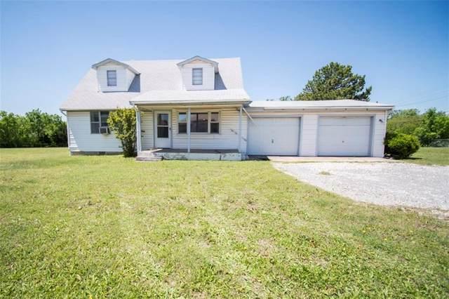 3240 SW 119th Street, Oklahoma City, OK 73170 (MLS #909377) :: Homestead & Co