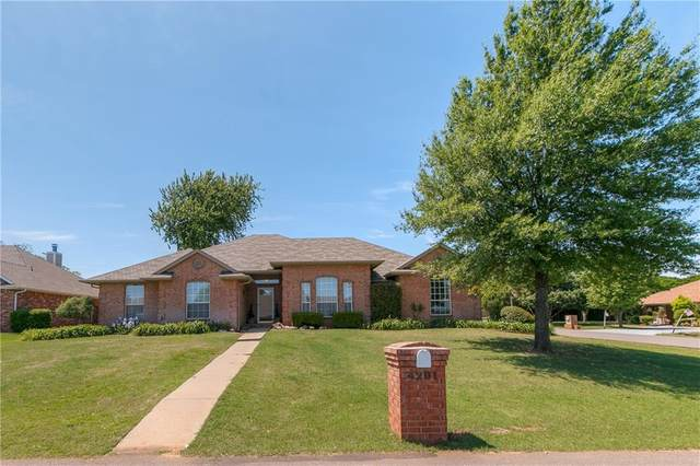 4201 Ranch Drive, Edmond, OK 73013 (MLS #909456) :: Homestead & Co