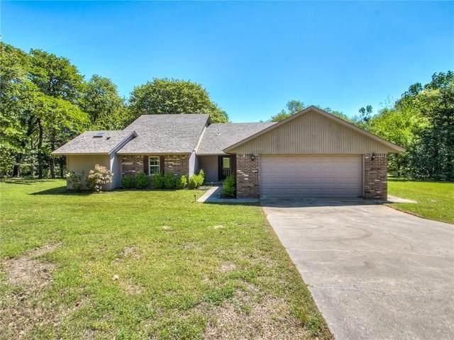 120 Creek Hollow Drive, Choctaw, OK 73020 (MLS #909741) :: Homestead & Co