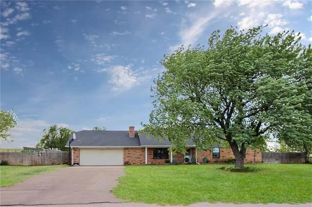 11285 N 1975 Road, Elk City, OK 73644 (MLS #909902) :: Homestead & Co