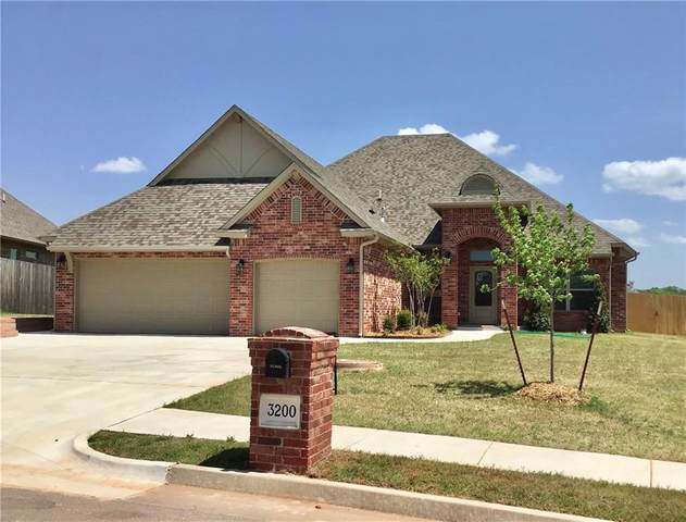 3200 Drake Crest Drive, Edmond, OK 73034 (MLS #910335) :: Homestead & Co