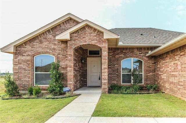 9012 SW 48th Terrace, Oklahoma City, OK 73179 (MLS #910432) :: Homestead & Co