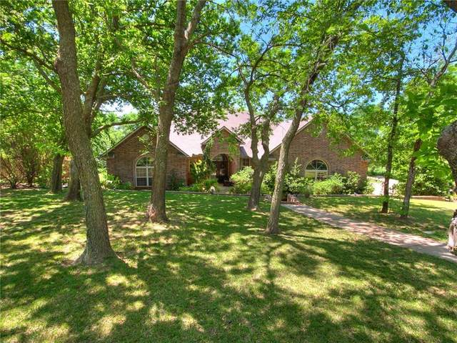 4004 Stardust Lane, Tuttle, OK 73089 (MLS #910569) :: Homestead & Co