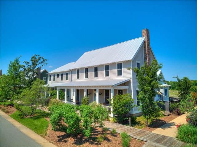 51 Boardwalk, Carlton Landing, OK 74432 (MLS #910977) :: Homestead & Co