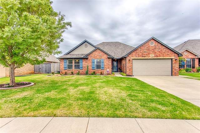 2941 Firewheel Road, Edmond, OK 73013 (MLS #911067) :: Homestead & Co
