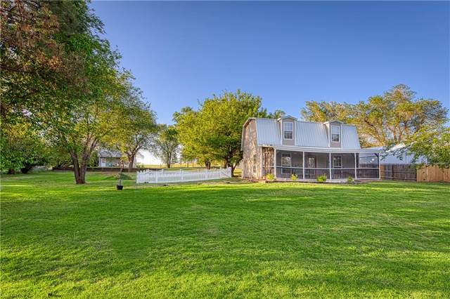 21285 E 990 Road, Foss, OK 73647 (MLS #911363) :: Homestead & Co