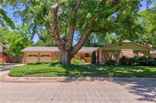 2625 Chateau Drive, Norman, OK 73069 (MLS #911938) :: Homestead & Co