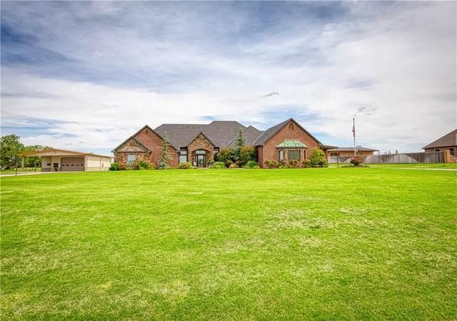 3603 W Country Club Boulevard, Elk City, OK 73644 (MLS #912244) :: Homestead & Co