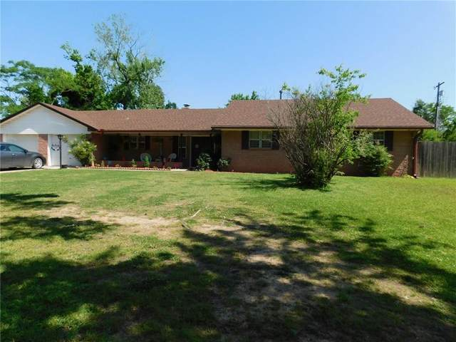 421 Meadow Lane, Konawa, OK 74849 (MLS #912333) :: Keri Gray Homes