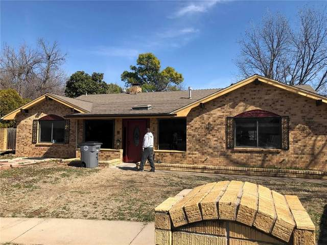 1305 NE Briarcliff Circle, Lawton, OK 73507 (MLS #912486) :: Homestead & Co