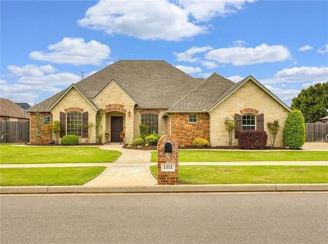 1315 Birch Street, Weatherford, OK 73096 (MLS #912698) :: Homestead & Co