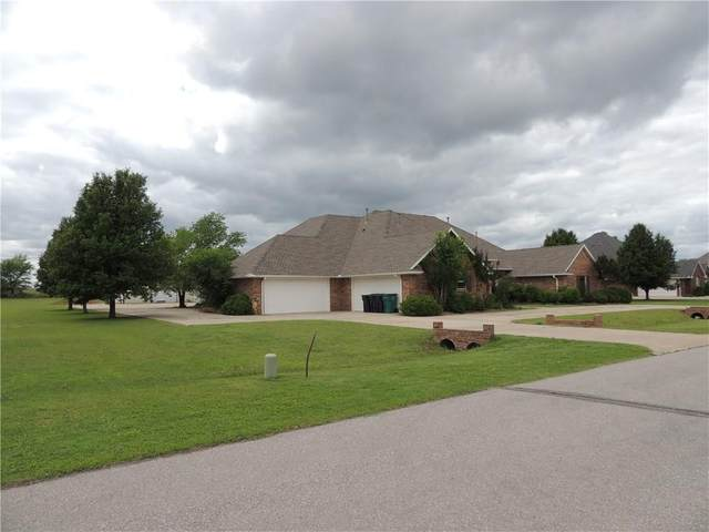 3633 Wimberley Creek Drive, Yukon, OK 73099 (MLS #913002) :: Homestead & Co