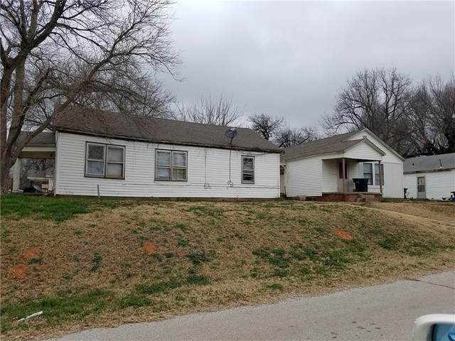 730 S 2nd Avenue, Purcell, OK 73080 (MLS #913166) :: Erhardt Group at Keller Williams Mulinix OKC