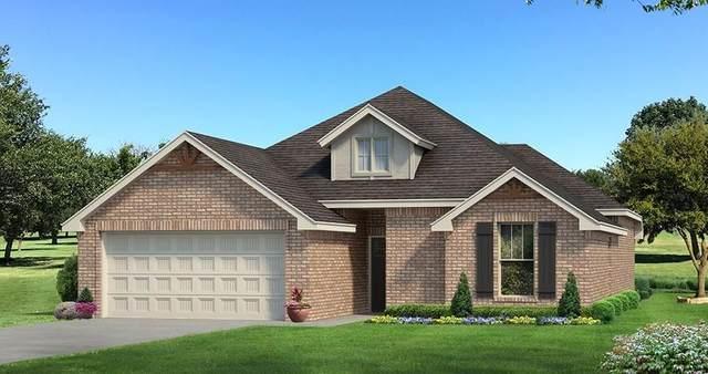 8413 NW 160th Street, Edmond, OK 73013 (MLS #913309) :: Homestead & Co