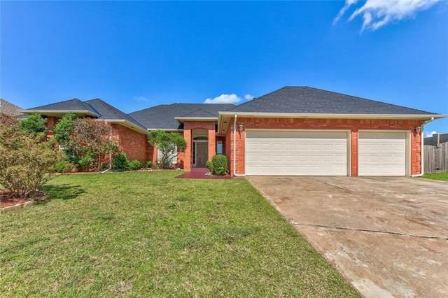 13000 Green Cedar Terrace, Oklahoma City, OK 73131 (MLS #913330) :: Homestead & Co