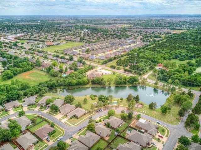 2109 Cedar Meadow Lane, Edmond, OK 73003 (MLS #913380) :: Homestead & Co