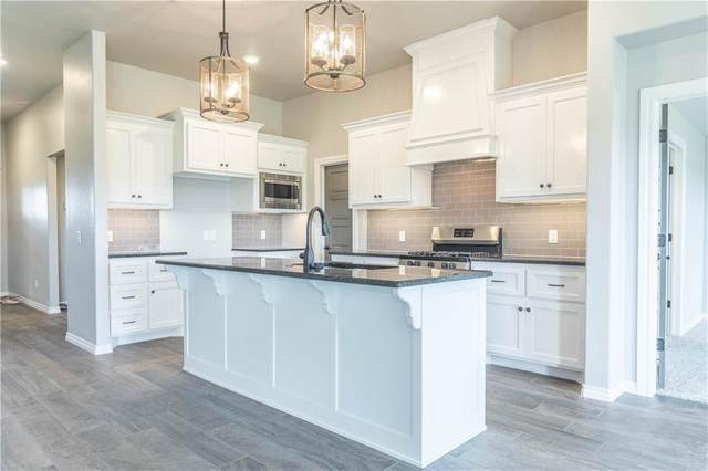 9040 NW 119th Street, Yukon, OK 73099 (MLS #913473) :: Homestead & Co