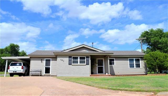 101 Elaine Drive, Cordell, OK 73632 (MLS #913635) :: Homestead & Co