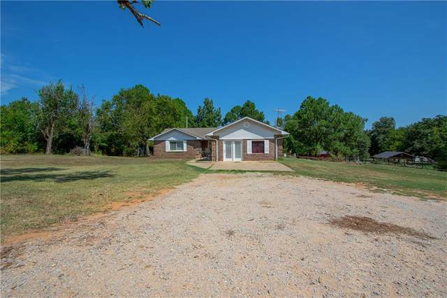 2107 NE 156th Avenue, Norman, OK 73026 (MLS #914370) :: Homestead & Co