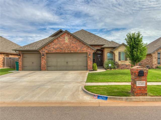 11745 SW 25th Terrace, Yukon, OK 73099 (MLS #914459) :: Your H.O.M.E. Team