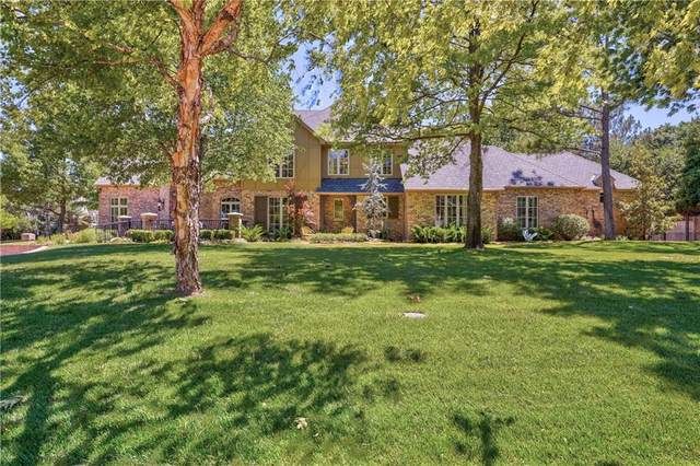 18817 Otter Creek Drive, Edmond, OK 73012 (MLS #915551) :: Keri Gray Homes
