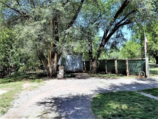 621 E First Street, Cordell, OK 73632 (MLS #915591) :: Keri Gray Homes