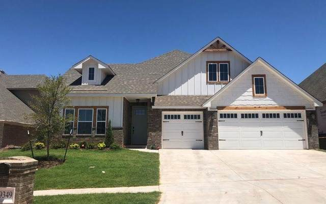 9349 SW 44th Terrace, Oklahoma City, OK 73179 (MLS #915748) :: Homestead & Co