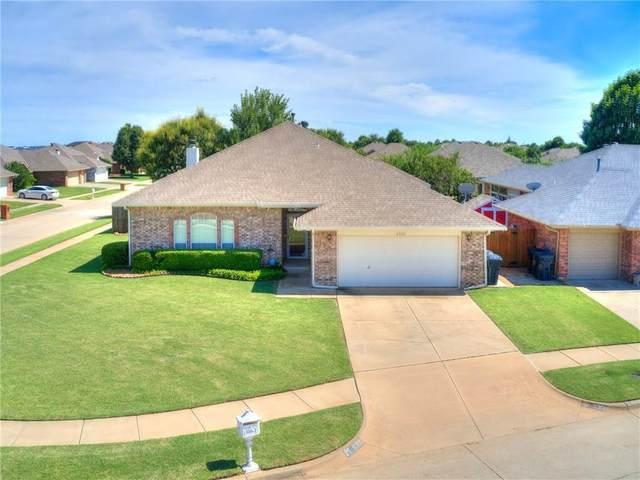 8300 NW 76th Street, Oklahoma City, OK 73132 (MLS #915908) :: Homestead & Co