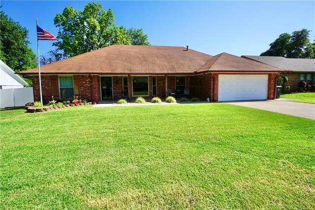 9116 Oak Creek Drive, Midwest City, OK 73130 (MLS #916162) :: Homestead & Co