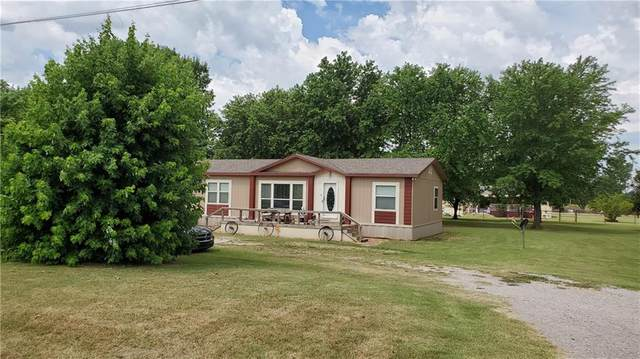 13288 Hwy 76 Highway, Lindsay, OK 73052 (MLS #916847) :: Homestead & Co