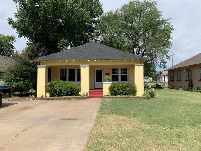 611 N Caddo Street, Weatherford, OK 73096 (MLS #917067) :: Homestead & Co