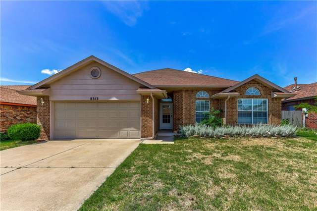 8313 NW 10th Terrace, Oklahoma City, OK 73127 (MLS #917640) :: Homestead & Co