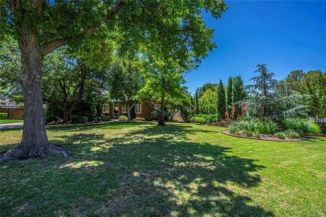 6413 N Hillcrest Avenue, Nichols Hills, OK 73116 (MLS #917919) :: Homestead & Co